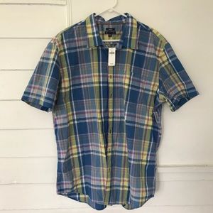 Gap Classic Fit button front shirt short sleeve